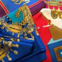 rosettegauthier-marchedelamodevintage-hermes-scarfs